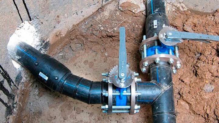 Муфтовое соединение труб ПНД