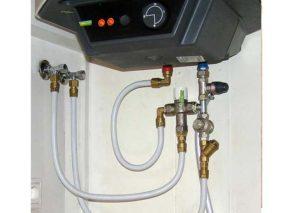 Подключенный нагреватель воды