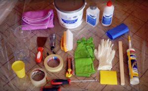 Скотч, перчатки, эмаль