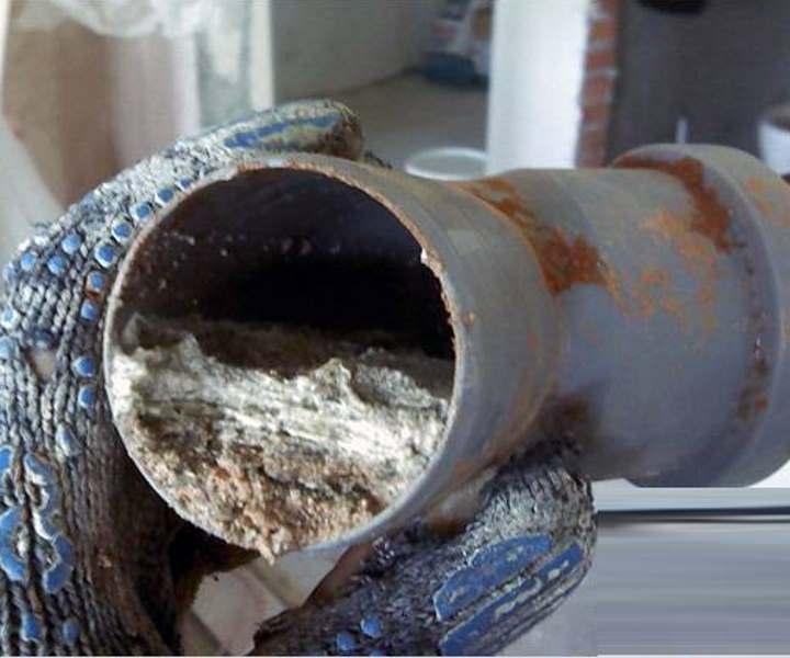 Эффективное средство для чистки канализационных труб