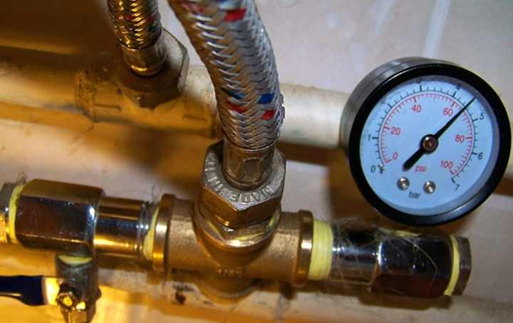 Проведение гидравлических испытаний трубопроводов водоснабжения