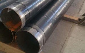 С этой задачей справляется весьма усиленная изоляция стальных труб, в составе материала лежит экструдированный полиэтилен.