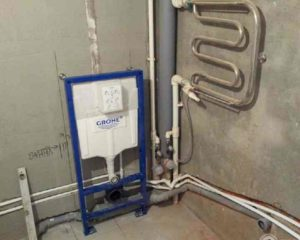 наличие стиральной машины с канализацией и холодным водоснабжением