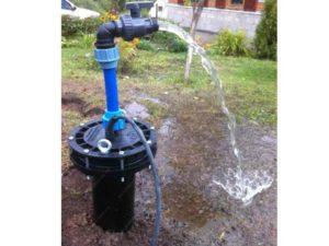 Обустройство скважины на воду своими руками: способы, особенности монтажа