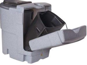 У туалета в комплект может входить разделительная пластина.